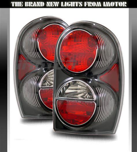 2005 Jeep Liberty Brake Light Sinister Black 2002 2003 2004 2005 2006 2007 Jeep
