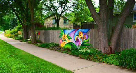 graffiti experiment   save  fence