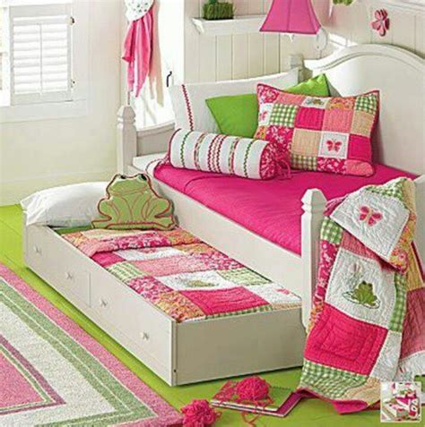 girls trundle bedroom sets girls daybed with trundle love these quilts cushions