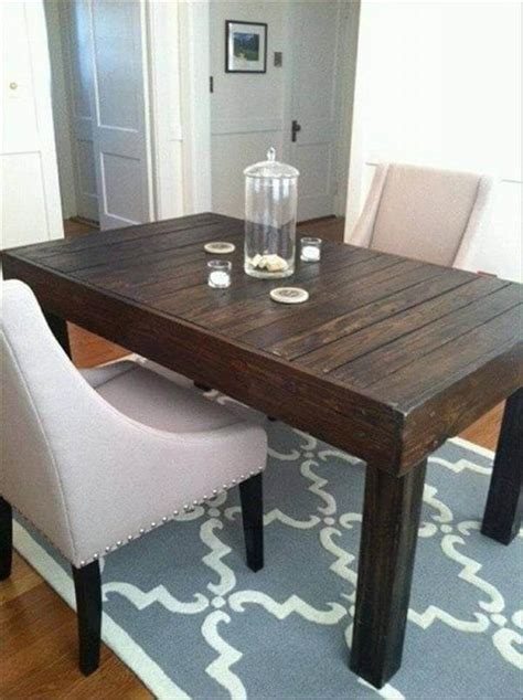Dining Table From Pallets Pallet Dining Tables 101 Pallets
