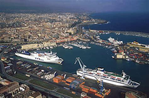 porto di catania l isola senza mare terraeliberazione