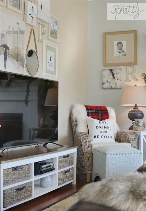 home decor blogs canada canadian bloggers home tour red plaid cottage christmas