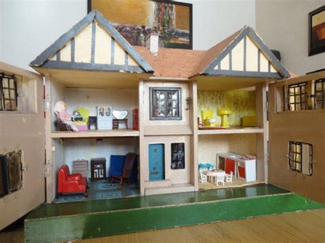 dolls houses past and present dolls house past and present 28 images pin by on doll houses home dolls houses