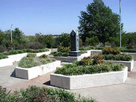 Park Stillwater Ok by Stillwater Ok Grave Site Of David Payne At Boomer Lake