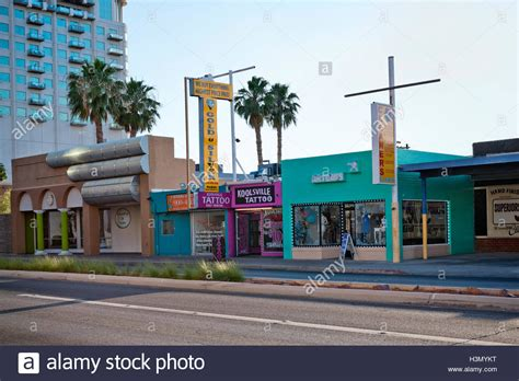 tattoo shops downtown stripmall stock photos stripmall stock images alamy