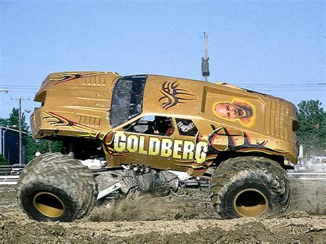 monster trucks video youtube pin monster truck crashes on pinterest