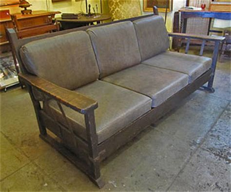 marinelli monterey leather sofa monterey sofa is that the monterey sofa by ethan allen