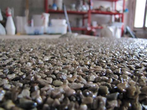 pavimentazione in ghiaia pavimentazione in ghiaia e resina tavolo consolle