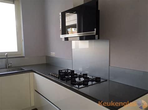 keuken kleur keuken achterwand kleur ral9006 keukenglas