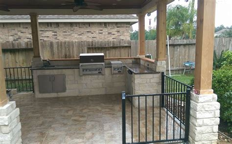 best outdoor kitchen outdoor kitchen designs houston s best outdoor kitchens