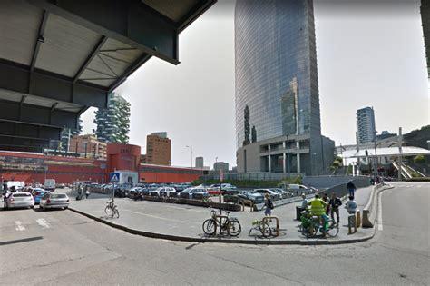 stazione porta garibaldi parcheggio porta garibaldi se il parcheggio di piazza