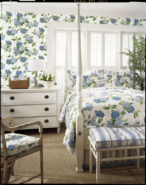 matching wallpaper and curtains fabrics komodo leaves wallpaper and leaves on pinterest