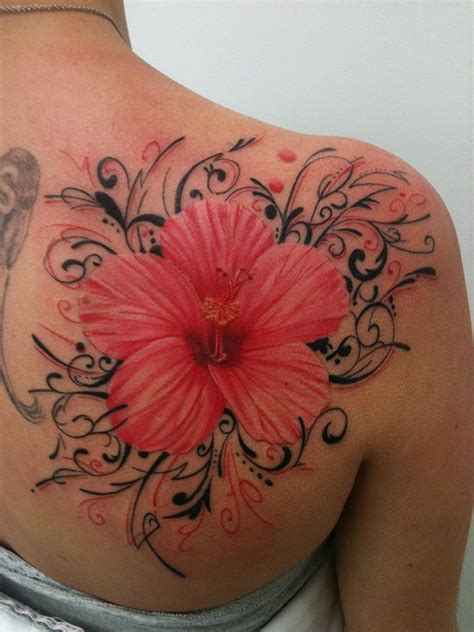 fiori tatuati tatuaggi con fiori tanti disegni floreali per il tuo corpo