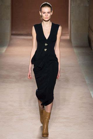 Catwalk To Carpet Beckham In Marc by Runway To Instagram Carpet Fashion Awards