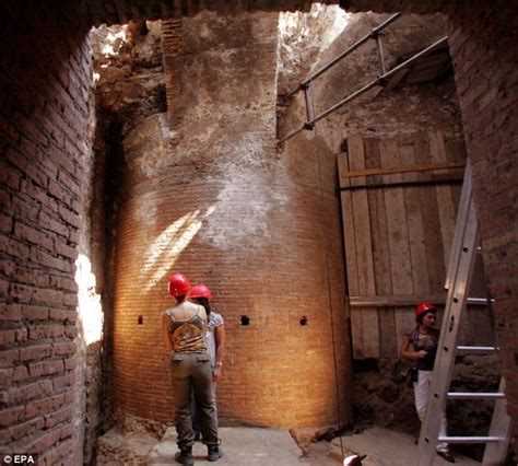 where can i room in rome for free emperor nero s legendary rotating dining room by archaeologists daily mail