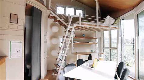modern tiny cabin    story pop  tiny house