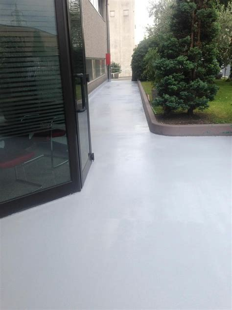 resine per terrazze pavimenti in resina per esterni