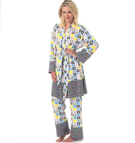 kimono pattern mccalls still time to sew a fabulous gift for christmas mccalls