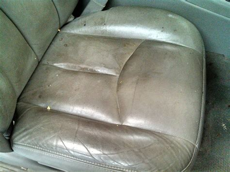 Rug Doctor On Car Seats by Cleaning How To Clean Leather Car Seats