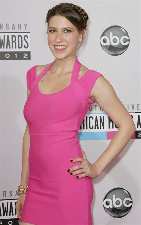 eden sher breaking news and photos just jared jr image gallery eden sher