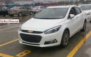 spied new 2015 chevrolet cruze images specs launch