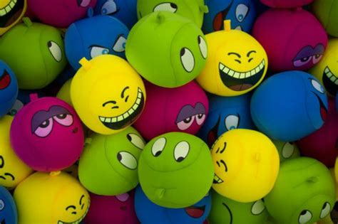 wallpaper emoticonos emoticon hd wallpapers mood wallpapers hd wallpapers