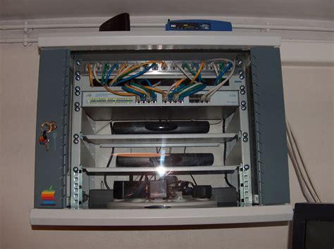 armoire reseau forums macbidouille gt galerie gt voir l image gt mon armoire r 233 seau dasn mon garage