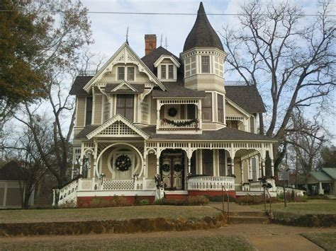 victorian style home victorian home decorated for christmas queen anne