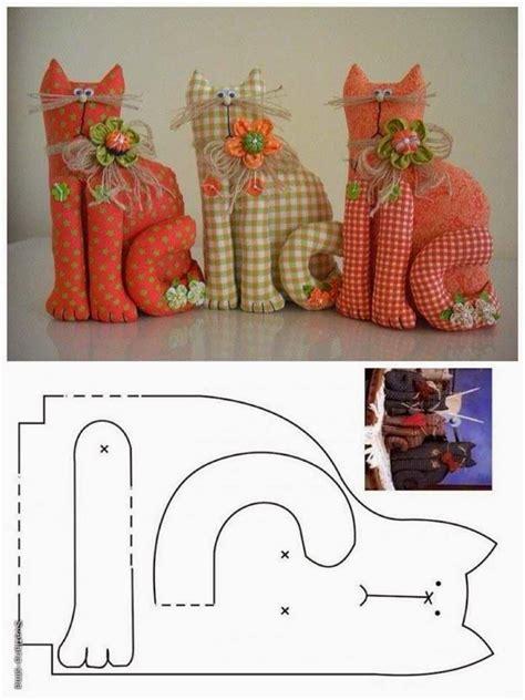Patchwork Door Stop Pattern - molde gatinho de retalho feltro cat pattern and gatos