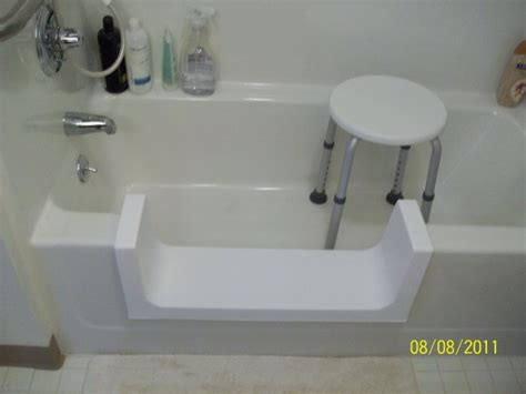 handicap accessible bathtubs accessible bathtubs 28 images a 595 value 30 unique