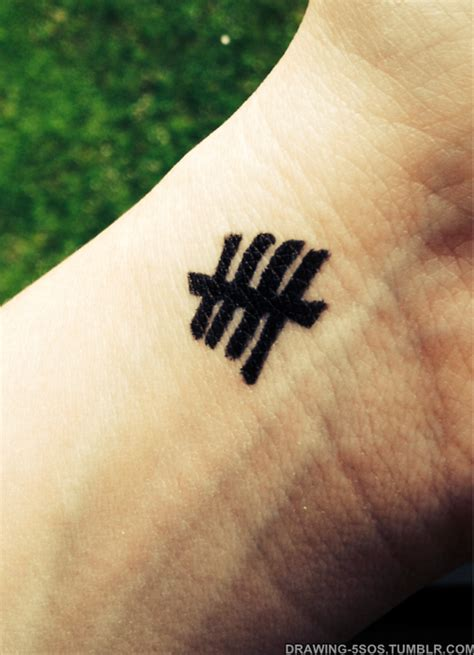 tally mark tattoo 5sos tally
