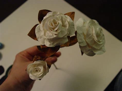 How To Make Easy Paper Roses - c director project ideas