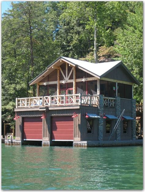 boat house builders great place to spend the night going to the lake