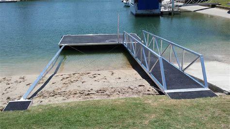 boat manufacturers gold coast strut pontoons pontoons strut concrete pontoons