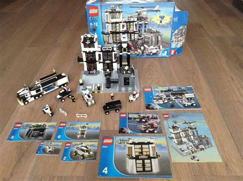 Special Lego World City 7032 4wd And Undercover city 7237 7034 7032 station surveillance truck 4wd and undercover