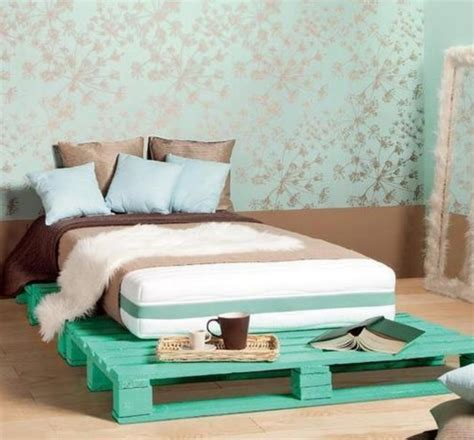 Catchy And Distinct Style Pallet Bed Diy Wooden Pallet Furniture Pallets Bed Ideas And Designs Pallet Ideas Recycled Upcycled Pallets Furniture Projects