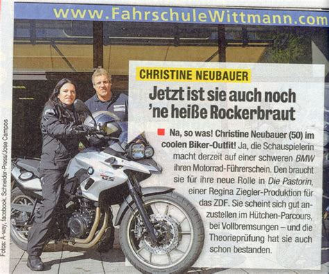 Motorradfahren Lernen Ohne Führerschein by Schauspielerin Christine Neubauer Jetzt Auf Zwei R 228 Dern