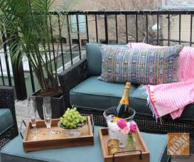 Apartment Backyard Ideas 25 Best Ideas About Apartment Patio Decorating On Balcony Curtains Apartment