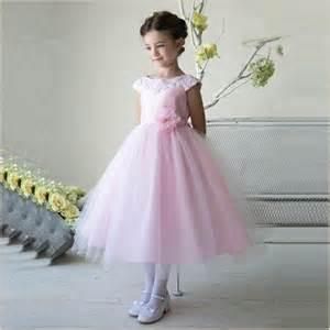 thalia flower dress in pink wth lace collar demigella