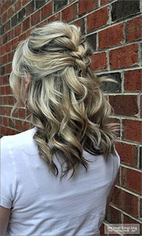different fixing hairstyles the small things blog hair she has soooo many different