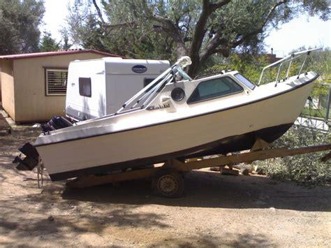 pilotina cabinata usata barca cabinata 5 metri la cura dello yacht