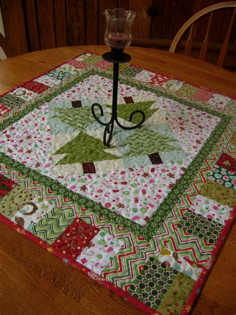 christmas table toppers free patterns