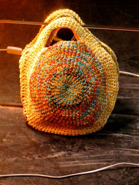 crochet pattern small shoulder bag 17 best images about bags round on pinterest crocheted
