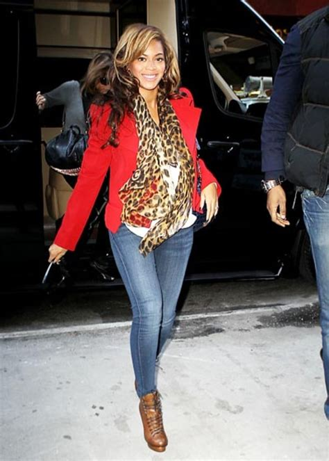 Beyonces Style by Reaching New Heights Beyonce S Baby Bump Style Us Weekly