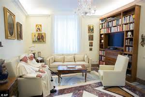 pope francis bedroom pope francis wishes benedict xvi a summer in castel
