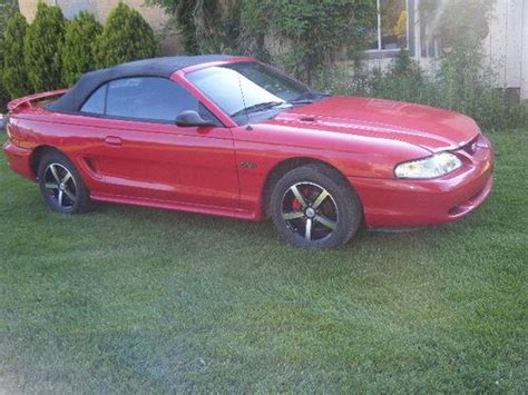 1998 mustang gt 4 6 find new 1998 ford mustang gt convertible 2 door 4 6l in