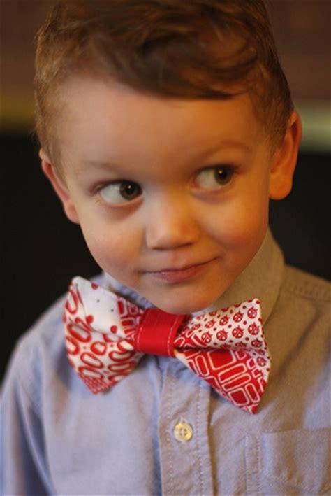 boy blog little boy bow tie tutorial figgy s
