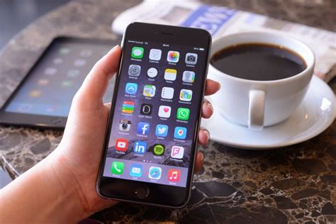 increase your iphone battery stop closing apps huffpost uk
