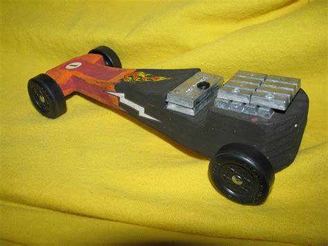 batmobile pinewood derby template pin pinewood derby batmobile template pictures on