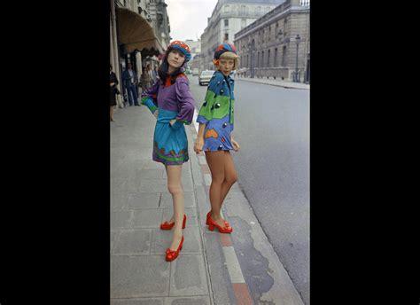 libro paris through a fashion libro the beautiful fall fashion genius and glorious excess in 1970s paris descargar gratis pdf